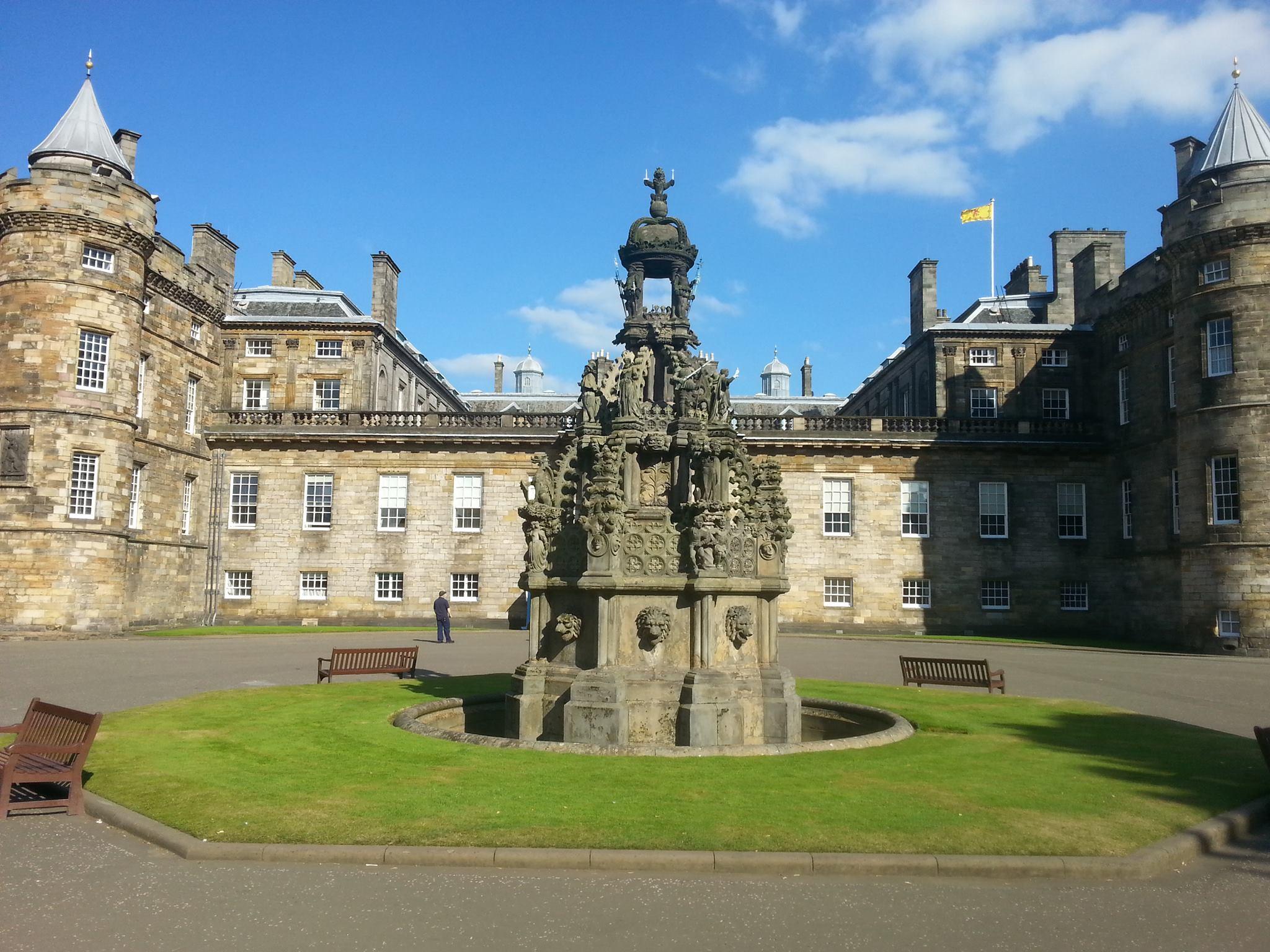 Edinburgh tip: Holyrood Palace