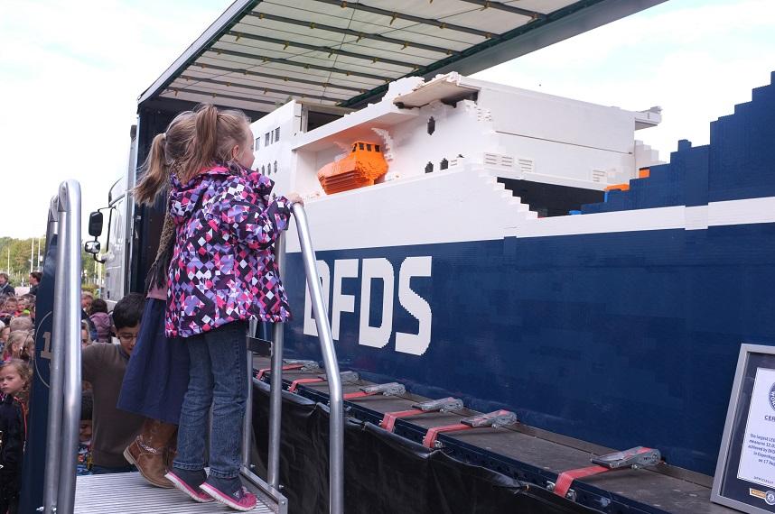 JUBILEE Seaways bij De Golfbreker in Koog a/d Zaan