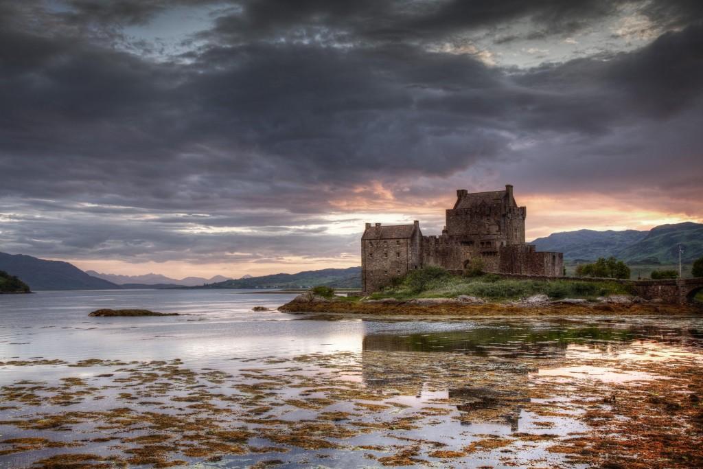 Eilean Donan Castle - een must visit tijdens een rondreis door Schotland