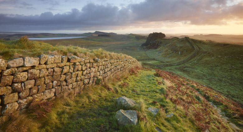 Hadrian's Wall - een van de bekendste bezienswaardigheden van Northumberland
