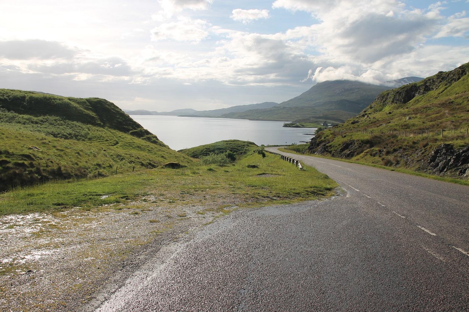 De mooie wegen van Noord-Schotland
