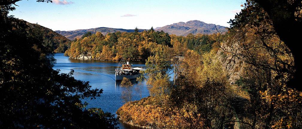 Stoomboot Sir Walter Scott op Loch Katrine