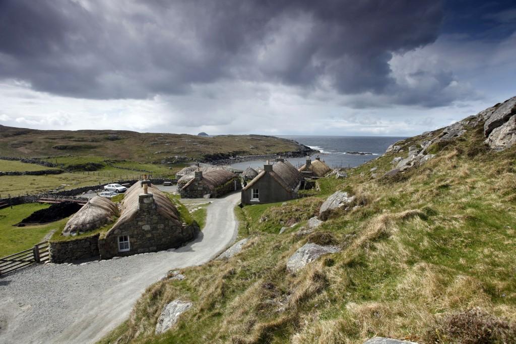 Black houses op Lewis & Harris - Hebriden