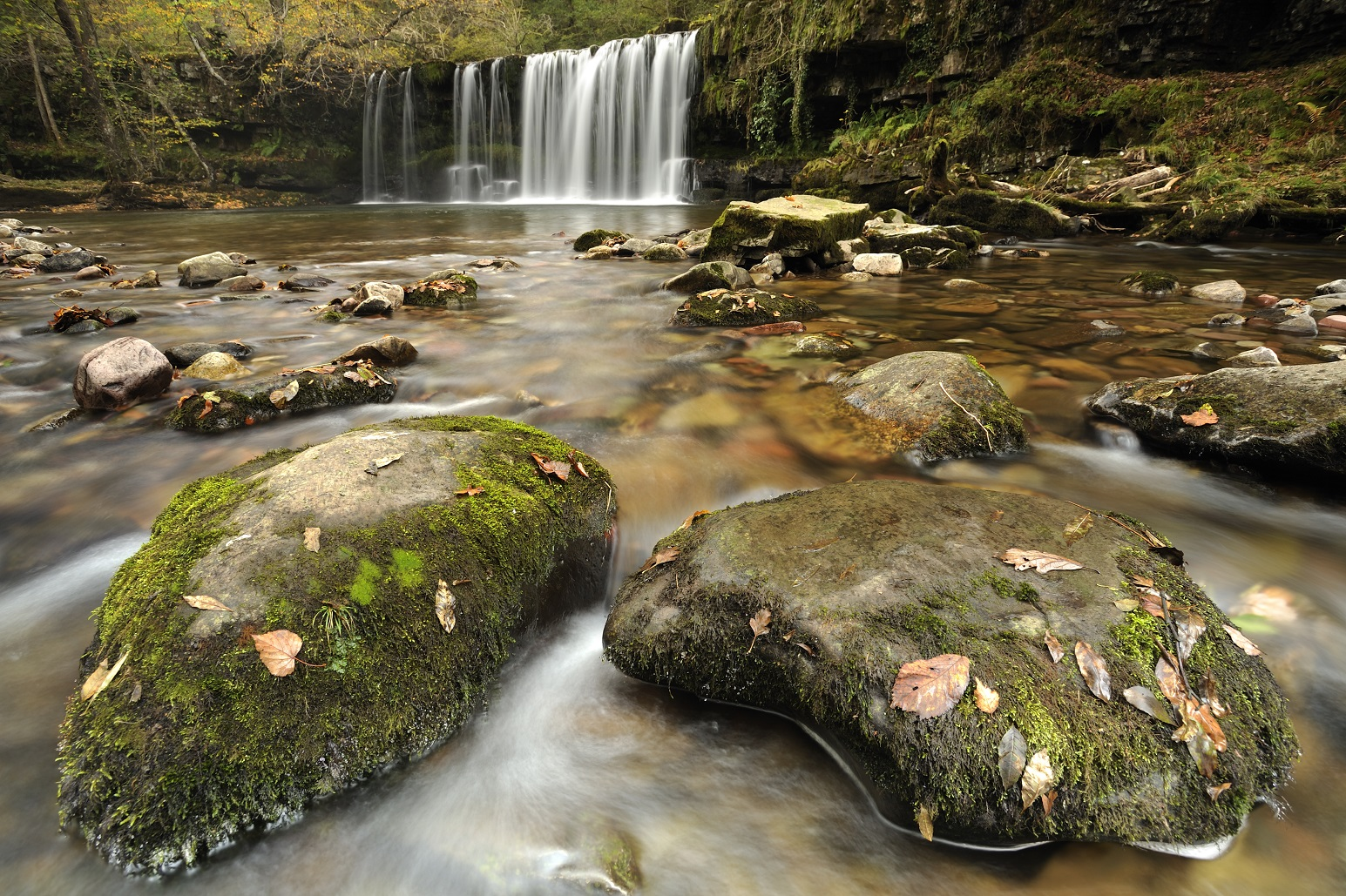 Sgwd Ddwli waterval in Brecon Beacons National Park
