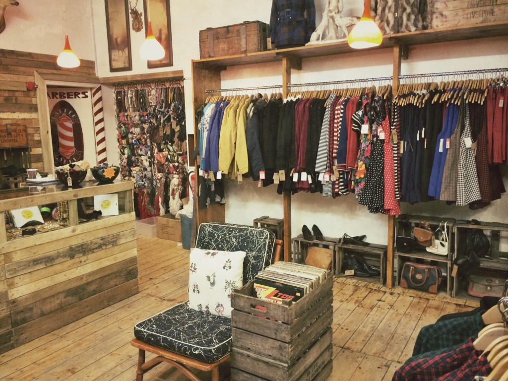 Vintage Shoppen in Northern Quarter in Manchester