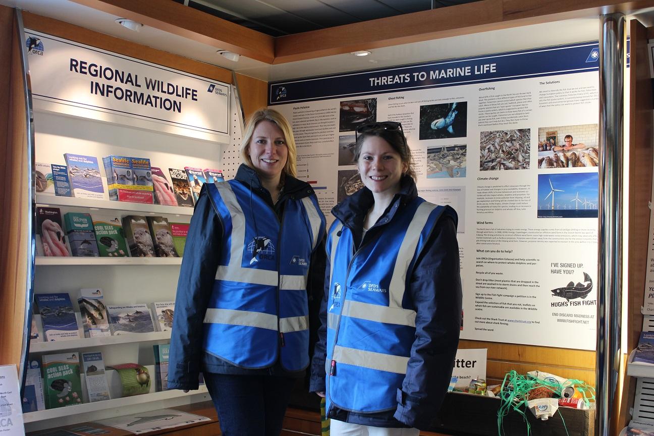 ORCA Wildlife Officer Anna met een collega