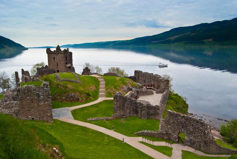 Urquhart Castle aan Loch Ness