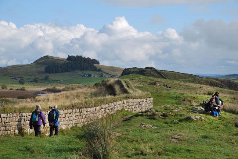 Wandelen langs de Muur van Hadrianus