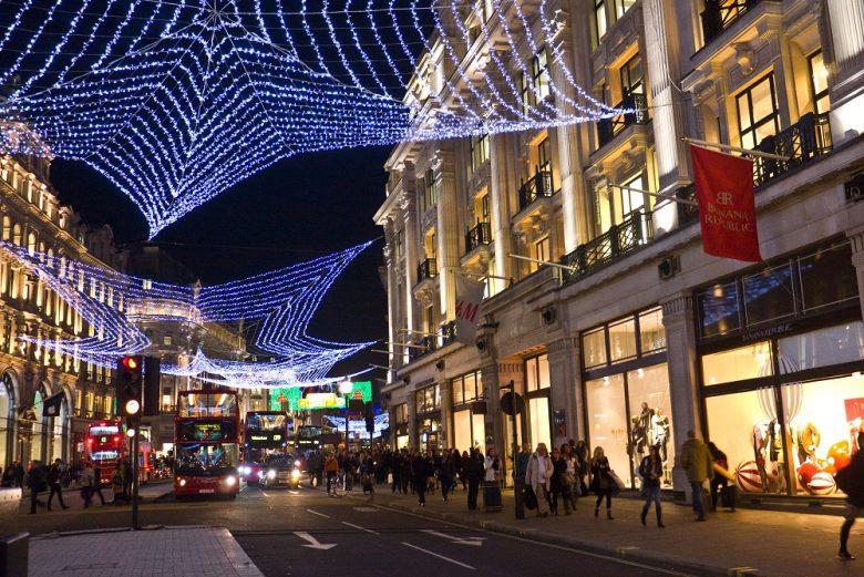Gezellig verlichte straten in Londen