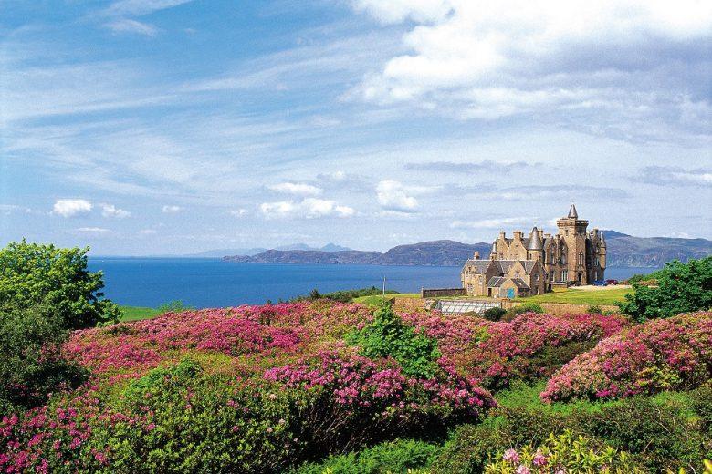 Lente bij Glengorm Castle in Schotland